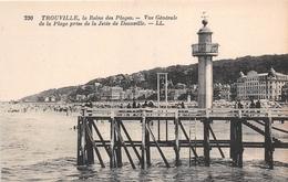 ¤¤  -   TROUVILLE    -   La Reine Des Plages   -  Vue Générale De La Plage Prise De La Jetée De Deauville  -  Phare - Trouville