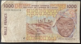 BD1 - West African States 1000 Francs Banknote 2001 #01013653576 C (Burkina Faso) - Westafrikanischer Staaten