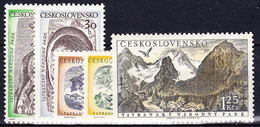 ** Tchécoslovaquie 1957 Mi 1035-9 (Yv 922-6), (MNH) - Unused Stamps