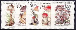 ** Tchécoslovaquie 1958 Mi 1101-5 (Yv 984-8), (MNH) - Unused Stamps