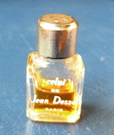 Miniature De Parfum  - Celui De Jean Dessés  (à Moitié Plein)  Réf, A 02 - Vintage Miniatures (until 1960)