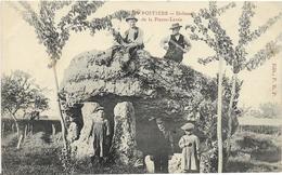 ~  JP  ~  86  ~  POITIERS  ~   DOLMEN De La Pierre  Lévée      ~ - Poitiers