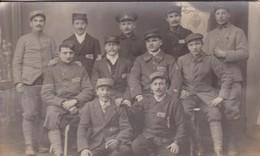 Militaria Guerre 1917 Carte Photo Prisonniers Camp De Mannheim  03/1917 Français & Russe Marque 10 Au Verso - War 1914-18