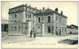 21 - BEAUNE - Le Quartier Colbert - Entrée Principale -Animée - Beaune