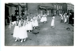 Inhuldiging Pastoor Ghesquiere - Westouter 15 Augustus 1934 - 2 Foto's - Heuvelland