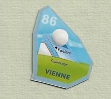"""Magnets. Magnets """"Le Gaulois"""" Départements Français. Vienne (86) - Publicitaires"""