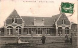 CPA 02 (Aisne) Saint-Gobain - L'école Maternelle TBE Animée - Other Municipalities