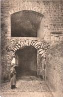 CPA 02 (Aisne) Guise - Citadelle. Passage Voûté (Armorial Des Ducs) TBE édit. Bonnefoix-Collot - Guise
