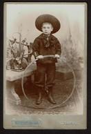 Cabinet / Studio Photo - Enfant Au Cerceau - Jeune Garçon - Photographe Henri Becker - Anvers -  2 Scans - Photos