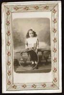 Cabinet / Studio Photo - Enfant Au Cerceau - Fillette -  2 Scans - Photos