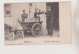 CPA BELGIQUE // ATTELAGE DE CHIEN - Laitiere Flamande : Gendarme - Craft