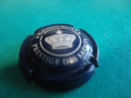CAPSULE DE CHAMPAGNE  - PRESTIGE DES SACRES  -  N°27 Bleu-nuit Et Blanc - Champagne