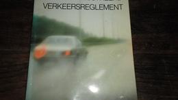 VERKEERSREGLEMENT_ ANNO : 1985 _BOEKJE_____ BOX : F - Livres, BD, Revues
