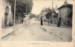 D24  DORDOGNE  PERIGUEUX  La Rue De Paris  ..... - Périgueux