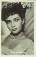 LOLLOBRIGIDA-photo ACTRICE-Cpa-1950-202 - Famous People