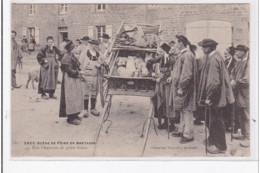 FINISTERE : Scene De Foire En Bretagne, Une Charretée De Petits Frères - Très Bon état - Autres Communes