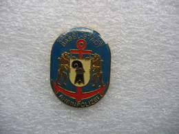 Pin's De La Police Suisse Du Canton De Bale-ville. Police Du Rhin - Police