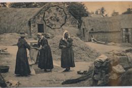 A LOCALISER : Coutumes, Moeurs Et Costumes Bretons, La Récolte, Mise En Sacs Du Grain - Très Bon état - France