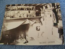 ATTENTION Photo Originale M.Gourdon - La Vallée Du Lys (64)- Intérieur De La Grange De Mr Gourdon - 1882 - SUP- (Ph 19) - Altri Comuni