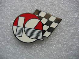 Pin's Courses, Rallyes Automobiles: Pin's à Définir - Rallye
