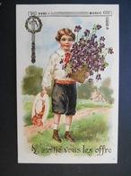 Petit Garçon élégant Portant Pot Plein De Violettes Dans Paysage Campagne - Gaufrée - Autres