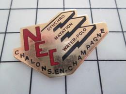 416c Pin's Pins / Beau Et Rare / THEME : SPORTS / NATATION WATER-POLO SYNCHRO CHALONS EN CHAMPAGNE - Natation