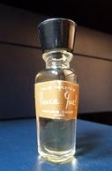 Miniature De Parfum  - Parce Que De Capucci - Réf, A 05  (plein) - Vintage Miniatures (until 1960)