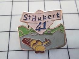 416c Pin's Pins / Beau Et Rare / THEME : ALIMENTATION / FAUX BEURRE ST HUBERT 41 - Alimentation