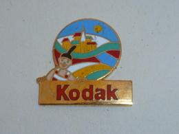 Pin's KODAK EUROPE - Photographie