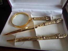 Coffret Orfévre Myon Comprenant Une Loupe, Un Coupe Papier Et Un Stylo, Style égyptien,momie, Pharaon - Unclassified