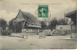 FRANCE - ROUTOT - La Vieille Maison Normande Et La Mare Communale - - Routot