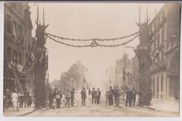CARTE PHOTO : ARC DE TRIOMPHE DE VERDUN MARNE - HONNEUR AUX SOLDATS DE LA GUERRE 1914-1918 - VILLE A SITUER - R/V - - Cartes Postales