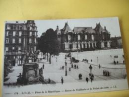 59 7504 CPA - 59 LILLE. PLACE DE LA REPUBLIQUE. STATUE DE FAIDHERBE ET LE PALAIS DES ARTS - ANIMATION. - Lille