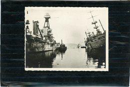 BATEAU MILITAIRE  DETRUIT PENDANT LA GUERRE 39/46  DANS LE PORT DE TOULON EN 1942  PROVENCE ET COMMANDANT TESTE - Schiffe