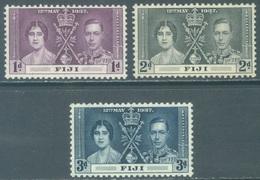 FIJI - MNH/**- 1937 - CORONATION - Yv 101-103 SG 246-248 Mi 89-91 Sc 114-116 - Lot 21578 - Fidschi-Inseln (...-1970)