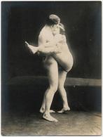 Photographie érotique. Tirage Original D'époque, C 1900.  Photographie D'une Très Grande Vigueur De Contraste  FG1007 - Erotic & Fine Nudes (...-1960)