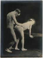 Photographie érotique. Tirage Original D'époque, C 1900.  Photographie D'une Très Grande Vigueur De Contraste  FG1017 - Erotic & Fine Nudes (...-1960)