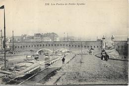 Les Portes De PETITE SYNTHE - Other Municipalities