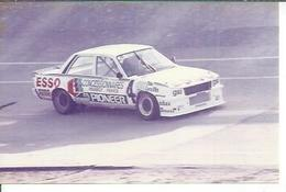 "PHOTO D'ARCHIVES : COURSE AUTOMOBILE - MONTLHERY 1985 -   "" PEUGEOT 505 TURBO "" Pilote: GABOUILLE - N° 4 - Montlhery"