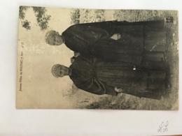CPA BRETAGNE - Jeunes Filles De MILIZAC (7 Aout 1903) - Francia