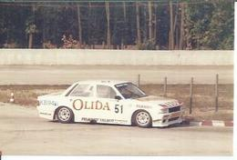 "PHOTO D'ARCHIVES : COURSE AUTOMOBILE - MONTLHERY 1986 -   "" PEUGEOT 505 TURBO "" Pilote: JOUSSAUD - N° 51 - Montlhery"