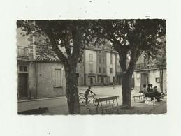 11 - PADERN - Place Des Platanes Cpsm Petit Modele Animé Devanture Cafe Bon Etat - France