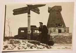 Photo Vintage. L'original. Moulin. Panneau De Signalisation. Lettonie - Gegenstände