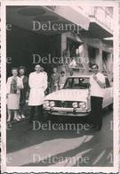 AUTOMOBILE VOITURE CAR Alfa Romeo Giulia & Peopel - Photo 10x7cm 1960' - Cars