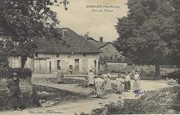 CPA DOMBLAIN  (HAUTE-MARNE) 52  - Place Du Tilleul  -  Animée - France