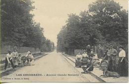 CHELLES LES COUDREAUX Avenue Claude Bernard (personnage Reconnu Dans Le Texte Au Verso) - Chelles