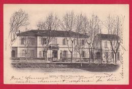 AD334 13 BOUCHES DU RHONE GRANS L'HOTEL DE VILLE ET LES ECOLES  PRECURSEUR  - - Autres Communes