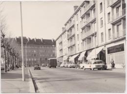 Bv - Photo LORIENT (avenue Maréchal Foch) Format 16,5 X 12 Cm - Lorient