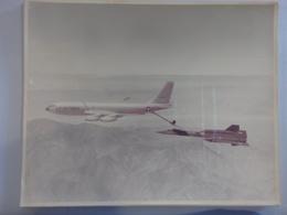 USA AIRPLANE B52 / SR 71 FUELING TEST (NR59) - Aviation