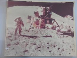 USA THE MOON LANDING (NR70) - Otros